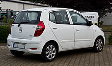 220px Hyundai i10 1.2 Style Facelift – Heckansicht 14. Juli 2013 Munster