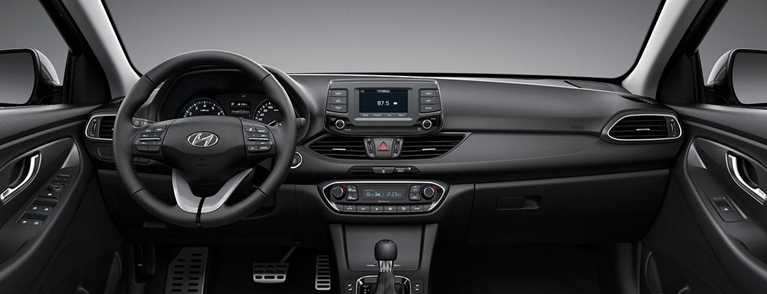 i30 pd 5dr gallery front view black one tone interior pc